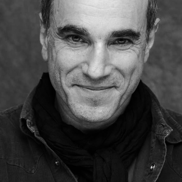 Daniel Day-Lewis reads Wilfred Owen works in War Poets Collection